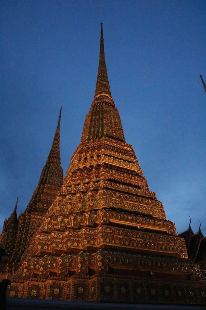 Templo Wat Pho de noche
