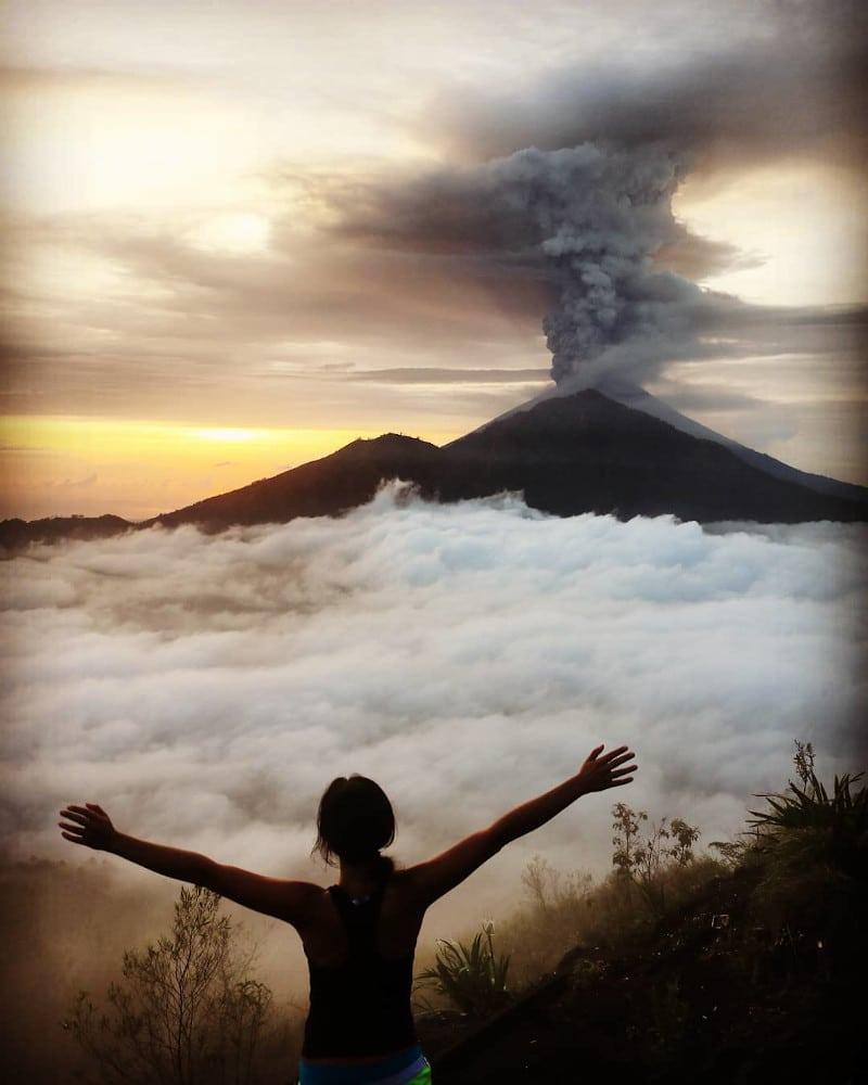 Monte Batur volcán frente